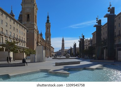Plaza del Pilar in Zaragoza, Spain with the fountain and basilica cathedral.