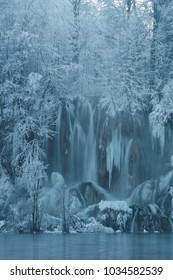 Plitvice lakes in wintertime, frozen waterfalls - Croatia (Hrvatska, Kroatien)