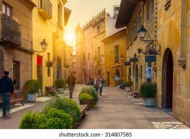 Barcelona Bares Images Stock Photos Vectors Shutterstock