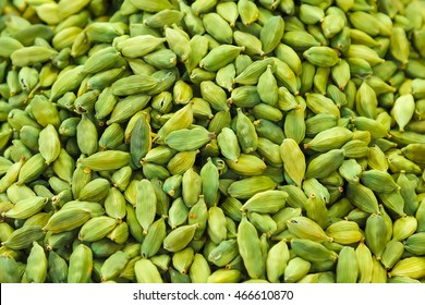 Pods of green cardamom