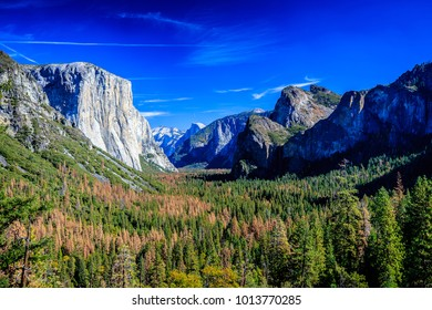 At the point of tunnel view of Yosemite