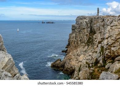 Pointe du Toulinguet, cliffs around Camaret, Crozon, Brittany, Presqu-il de Crozon, France