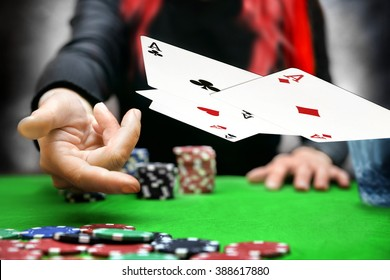 poker cards throw in online casino