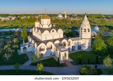 Pokrovsky Cathedral (1518) of the Suzdal Pokrovsky Monastery is one of the main sights of Suzdal