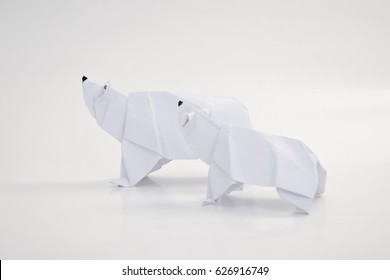 Polar bear and its cub origami