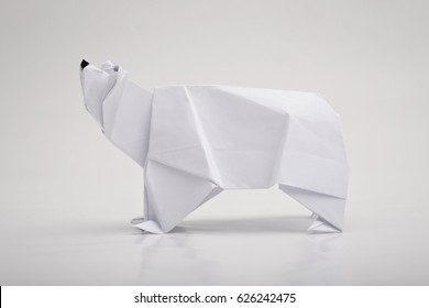 Polar bear origami with white background