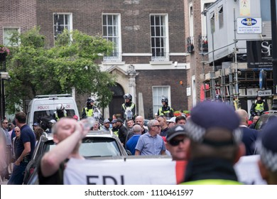 The police kettle in opposition protesters during the Al Quds Day rally, London, 10/06/18.