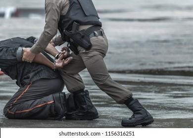 Police steel handcuffs,Police arrested,Police arrested the wrongdoer.