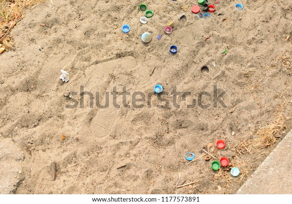 pollution of the environment, Pollution plastic and garbage on the coast