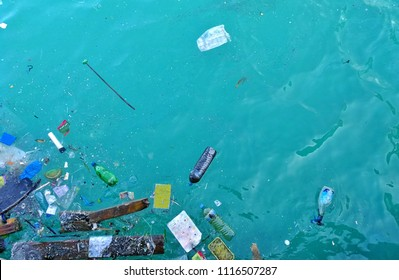 Pollution from rubbish waste in the sea ocean damage the environment