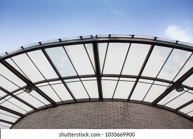 Polycarbonate Roofing use for house decoration, curve transparent roof with black steel structure and blue sky
