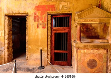 POMPEI, ITALY - MAY 8, 2016: Architecture of Pompeii, an ancient Roman town destroyed by the volcano Vesuvius. UNESCO World Heritage site