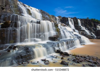Pongour Waterfall is waterfall famous and most beautiful of fall in Dalat , Distance from Dalat city estimate 45 Km. Dalat city Vietnam