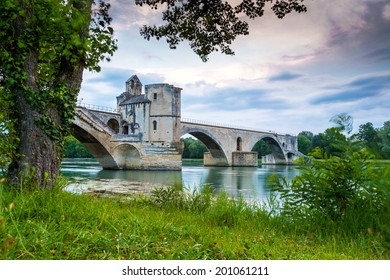 Pont d'Avignon with Popes Palace, Saint-Benezet, Provence, France