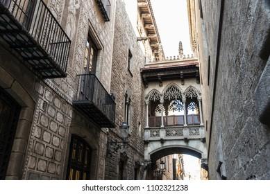 Pont del Bisbe (Bishop Bridge), Neo-Gothic bridge that connects the Casa dels Canonges with the Palau de la Generalitat in the Barri Gotic (Gothic Quarter) in Barcelona, Catalonia, Spain