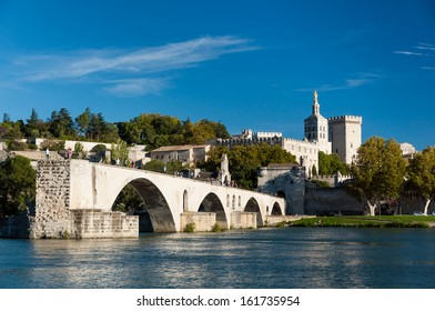 Pont du Avignon over Rhone river - Palais des papes and Notre dame des dome cathedral at Avignon - France