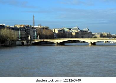 The Pont du Carrousel is a bridge in Paris, which spans the River Seine between the Quai des Tuileries and the Quai Voltaire