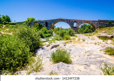 Pont Julien, roman bridge in Provence, France