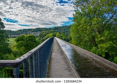 Pontcysyllte Aquaduct on the Llangollen canal in North Wales