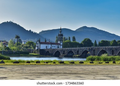The Ponte de Lima Bridge, also referred to as Ponte Velha, is located over the Lima River, in the parish of Ponte de Lima, district of Viana do Castelo, in Portugal.