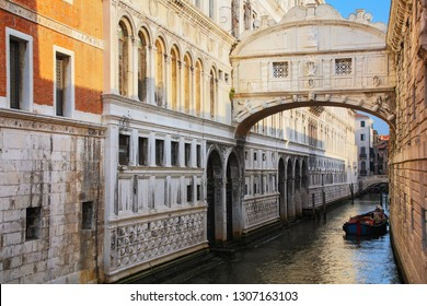Ponte dei Sospiri (Bridge of Sighs) in Venice, Italy. Venice is situated across a group of 117 small islands that are separated by canals and linked by bridges.