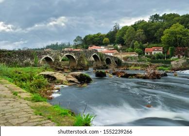 Ponte Maceira´s roman bridge. Santiago´s road, galicia, Spain