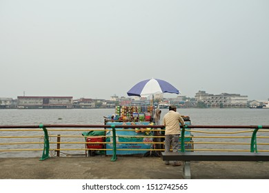 Pontianak, Indonesia : Alun Kapuas Park, city park in the bank of Kapuas River, a water front public area in Pontianak, Indonesia (09/20190.
