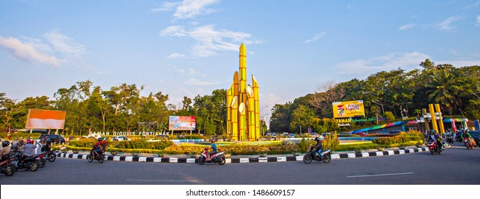 Pontianak, Indonesia : Sharp Bamboo monument (Monumen Bambu Runcing), a landmark to appreciate young people of Pontianak who fight for Indonesia Freedom, it is also called Digulis Monument (08/2019).