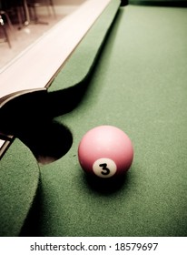 Pool table with one ball