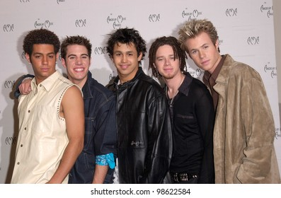 Pop group O-TOWN at the 28th Annual American Music Awards in Los Angeles. 08JAN2001.   Paul Smith/Featureflash