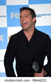 Pop star RICKY MARTIN at the 2001 Blockbuster Awards in Los Angeles. 10APR2001.    Paul Smith/Featureflash