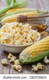Popcorn in bowl with sweet corn