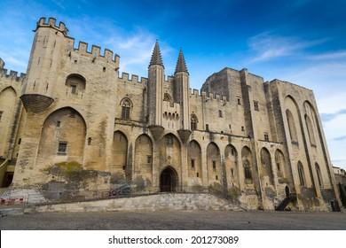 Popes Palace, Saint-Benezet, Avignon, Provence, France