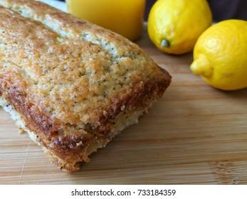 poppyseed lemon bread with lemons
