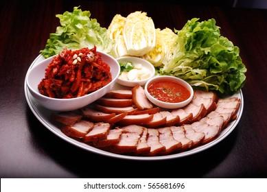 Pork belly with salad - bossam