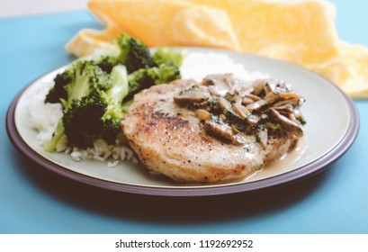pork chops with vegetables and mushroom gravy