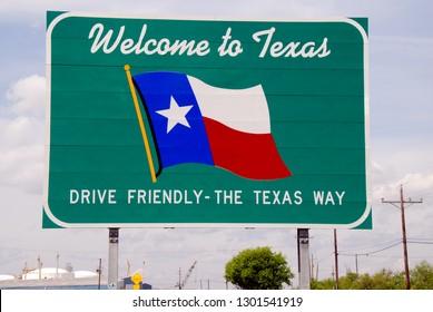 Port Arthur, Texas 03/27/2012 Welcome to Texas Sign at the Texas-Louisiana Stateline