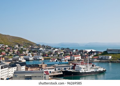 Its a port and cityscape of Honningsvag, one of the northernmost city in Norway and in the world, fishers and indusctrial vessels are at biggest port of Mageroya Island.
