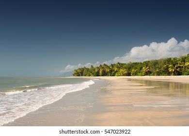 Port Douglas Beach, Queensland, Australia