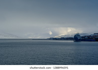 The Port of Longyearbyen is the main logistic point for the cruise industry and for cargo to the different settlements on Spitsbergen. The port is located close to the city centre and Longyearbyen.