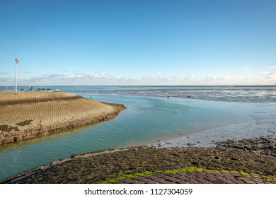Port mouth of Yerseke on the Dutch estuary Oosterschelde. Yerseke is located on  Zuid-Beveland in the province of Zeeland. The village is the center of the oyster and mussel fishery in the Netherlands