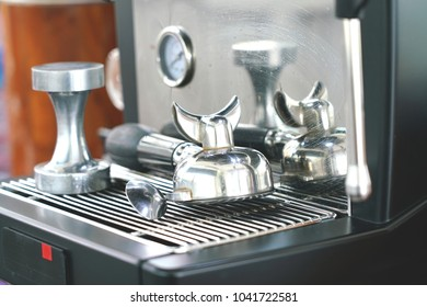 Porta filter and coffee press, important equipment of coffee machine.