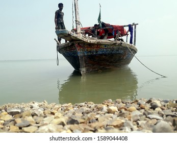 Portable image of boat and the fisherman near Thata sindh pakistan 12/12/2019