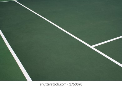 Portion of a tennis court
