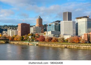 Portland city skyline, Oregon, USA.