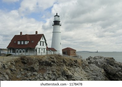 Portland Headlight lighthouse at Fort Williams in Cape Elizabeth, Maine