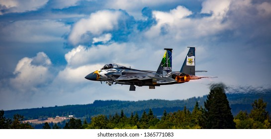 Portland, Oregon - 8/7/2016:  Screaming Eagle!  F-15C Eagle, Oregon National guard, flying at the Oregon International Air Show, afterburners engaged.