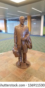 "Portland, Oregon/United States – 09/19/2018: This is a statue at the PDX airport of Victor George ""Vic"" Atiyeh, a former governor of Oregon. He is also the first governor in the USA of Syrian descent."
