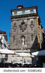 Porto, 26/03/2012: view of the Fonte da Praca da Ribeira, the fountain overlooking the central Praca da Ribeira, the Square of the River, with the sculpture of St. John Baptist made by Joao Cutileiro