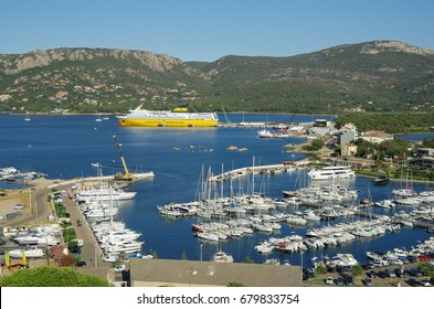corsica boat ferry to im genes fotos y vectores de stock shutterstock. Black Bedroom Furniture Sets. Home Design Ideas